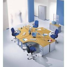 Distal Sup range of desks with cable management